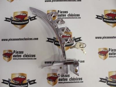 Emblema 4 Cabezas De Caballo Renault 4/4 Con Cerradura y Llaves