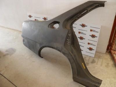 Aleta lateral trasero derecho Renault 18 ref origen 7701556760
