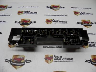 Soporte Portafusibles / conectores Renault 19 ref origen 7700784282