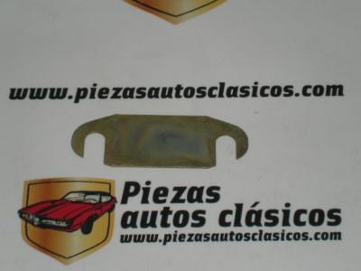 Grueso resbalón portón Renault 5 ref origen 7700533146