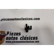 Grapa Fijación Tubo Freno 4,8mm Renault Ref: 7703079375