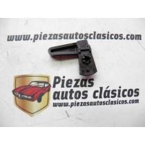 Gatillo regulador de faro izquierdo  Renault 5   Ref: 7701014398