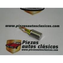 Pulsador cerradura trasera Renault 12 ref origen 7700507001