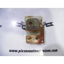 Caja cerradura montante derecho Renault 9, 11 y 18 Ref: 7700756701