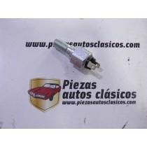 Interruptor de freno  Renault  4/4, 4 CV, Dauphine y 8 francés