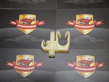 Grapa soporte tubos Seat Ref: 14575080