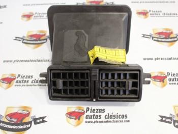 Rejilla aireador Renault 9 (antiguo stock, ver fotos) Ref:7700684042