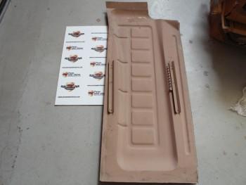 Suelo Derecho Seat 600 ( guías anchas, antiguo stock )