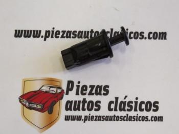 Interruptor Luz Maletero Renault Megane, Scénic, Twingo... Ref: 7700825473