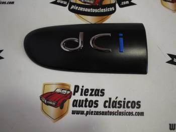 Anagrama puerta delantera izquierda dci Renault Clio II MK2 Ref: 8200074454