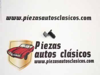Grapa Varilla Cerradura Renault 5 Ref: 7703079033