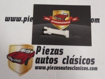 Grapa Moldura Lateral Seat 124 , 1430 y 850