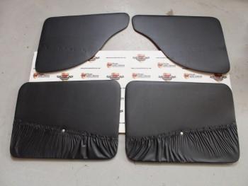 Juego Tapizado De Puertas Negro Seat 850 4p. (Antiguo Stock)