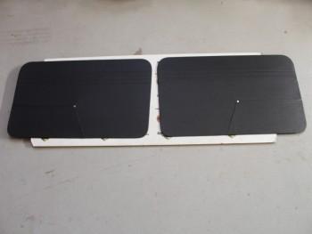 Juego 2 Paneles Tapizados Delanteros Negros Seat 850 2p. (Antiguo Stock)
