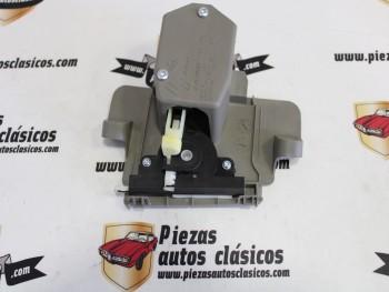 Cerradura guantera Renault Megane II Ref: 8200229382