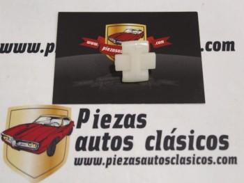 Grapa Moldura Seat 127 CL y 124 Sport