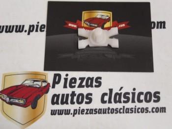 Grapa Moldura Seat 127 LS Ref: HH59014200
