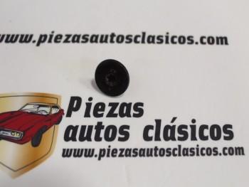 Tornillo M6x13,5 Renault 19, Clio, Megane... Ref: 7703006229
