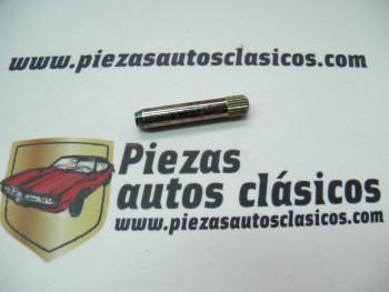 Eje bisagra portón Renault 4 40x7 Ref: 7705035067