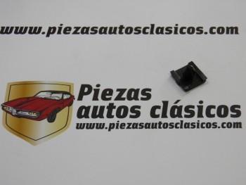 Grapa extremo de moldura Renault 5