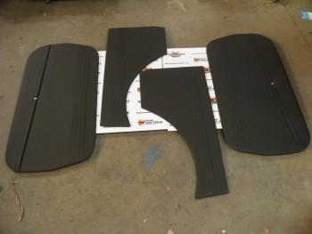 Juego 4 paneles Tapizados negro Seat 600 E