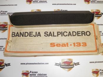 Bandeja Salpicadero Seat 133