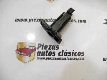 Grapa fijación moldura bajo faro Renault Laguna Ref: 7700823167
