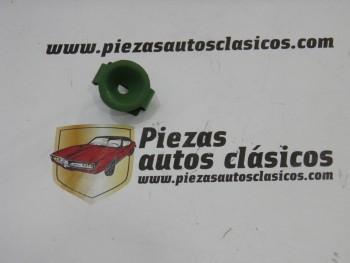 Clip cubertor escape Renault Clio II Ref: 7703080097