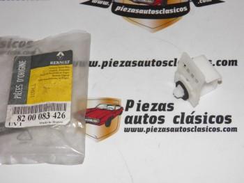 Grapa Sujeción Moldura Paragolpes Trasero Renault Megane y Scénic I Ref:8200083426