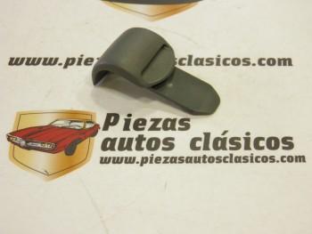 Grapa Sujeción Cortinilla Trasera Renault Clio y Megane ( gris oscuro )