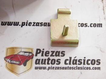 Bisagra de capó Renault 4